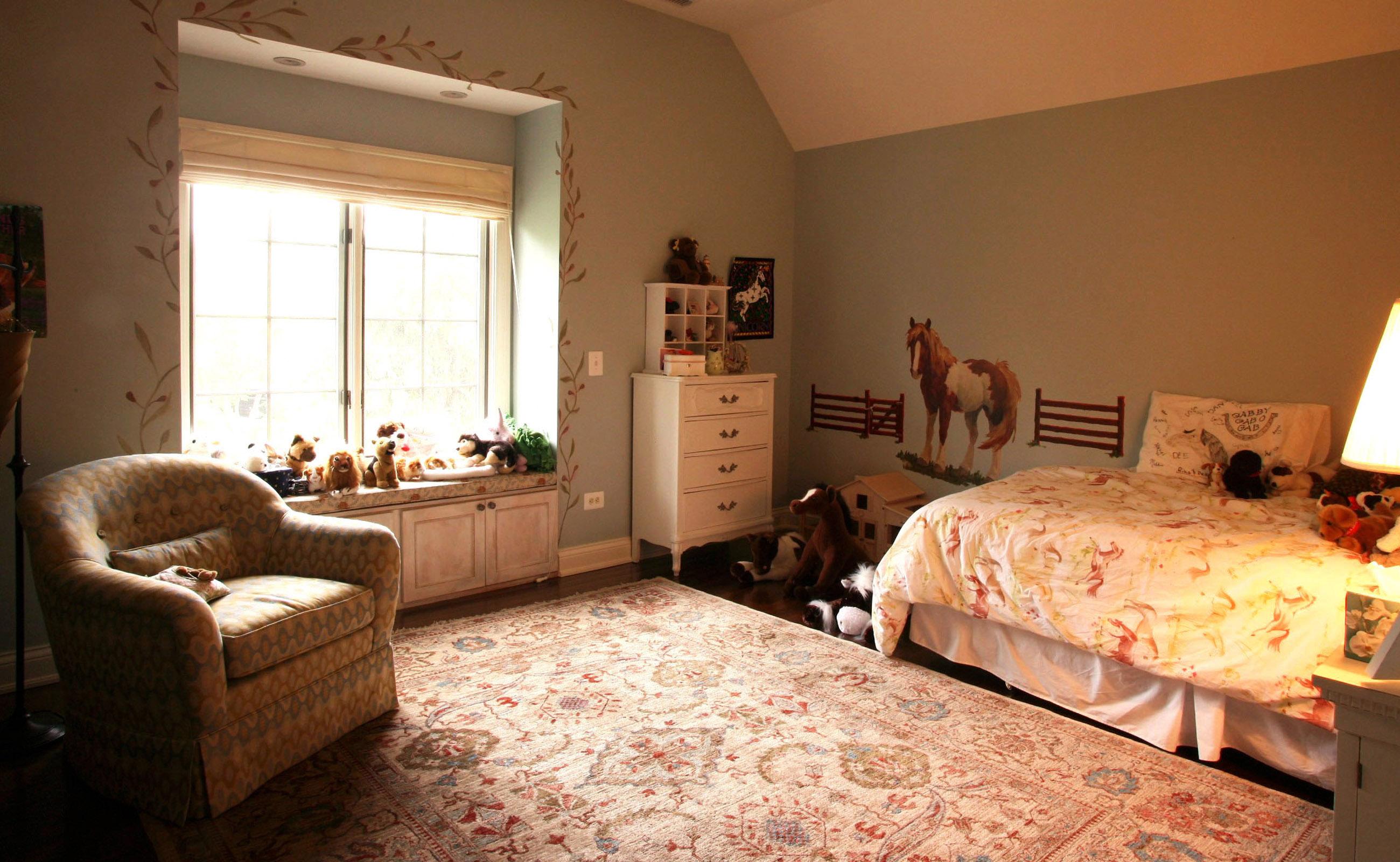 Pak-Ushak-Youth-Bedroom-1600x2600-darker